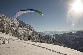 Paragleiten vom Unterberg im Winter, © Tourismusverband Kaiserwinkl