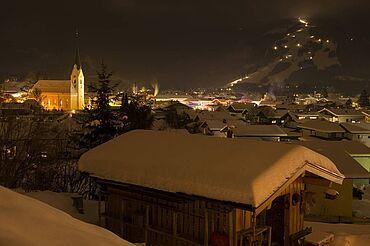 Kössen bei Nacht, (c) Tourismusverband Kaiserwinkl