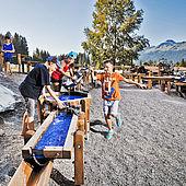Wasserspiele am Abenteuerspielplatz
