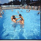 Spaß für die ganze Familie im Pool