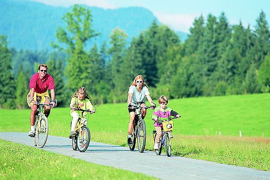 Radfahren mit der ganzen Familie